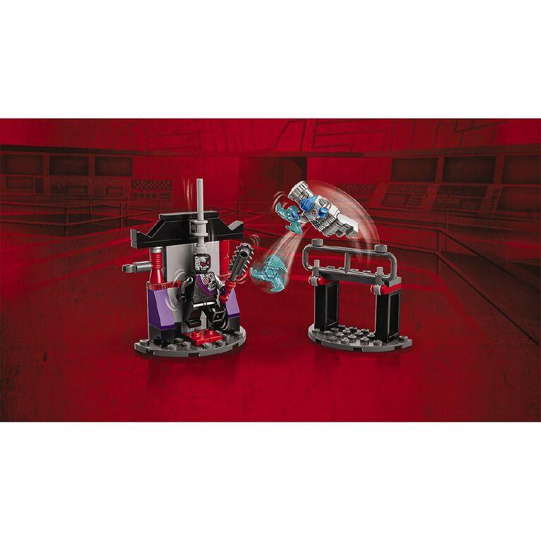 LEGO Ninjago Epic Battle Set Zane vs. Nindroid 71731, , hi-res
