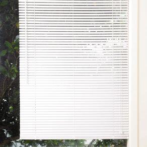 Living & Co 25mm PVC Venetian Blind White 180cm x 150cm