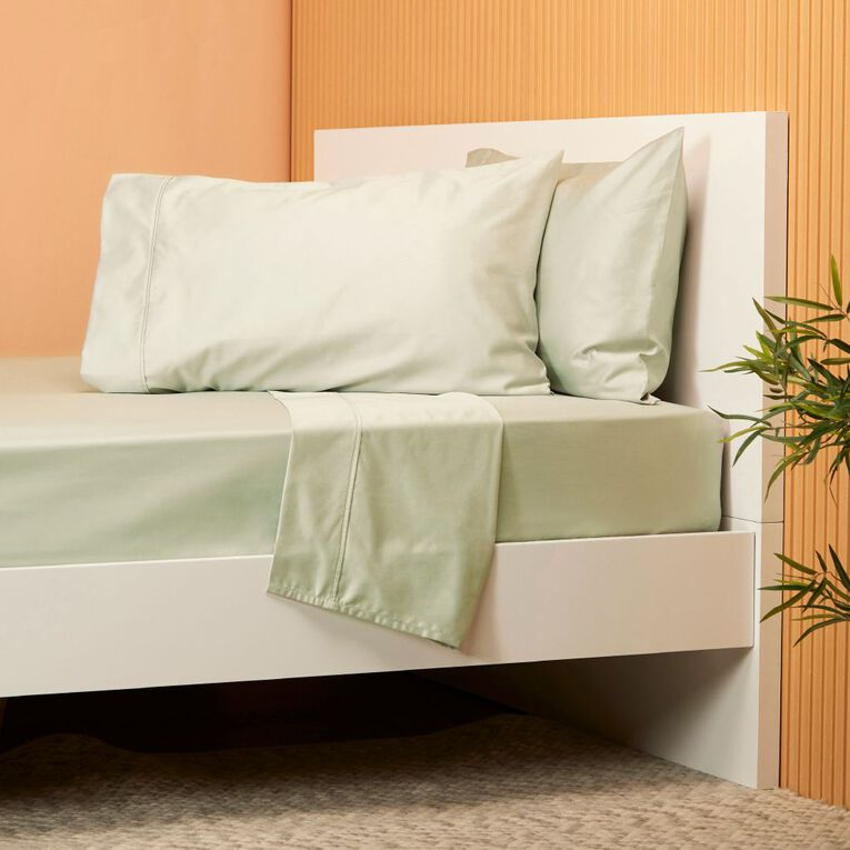 Living & Co Hotel Collection Sheet Set 800TC Cotton Green Queen, Green, hi-res