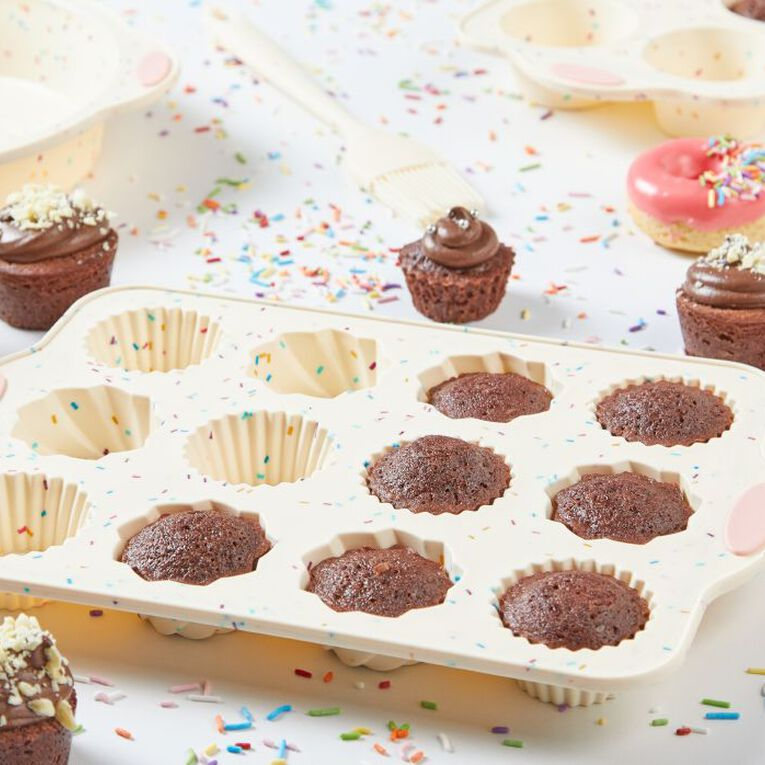 Living & Co Silicone 100's & 1000's Muffin Pan Multi-Coloured 12 Cup, , hi-res