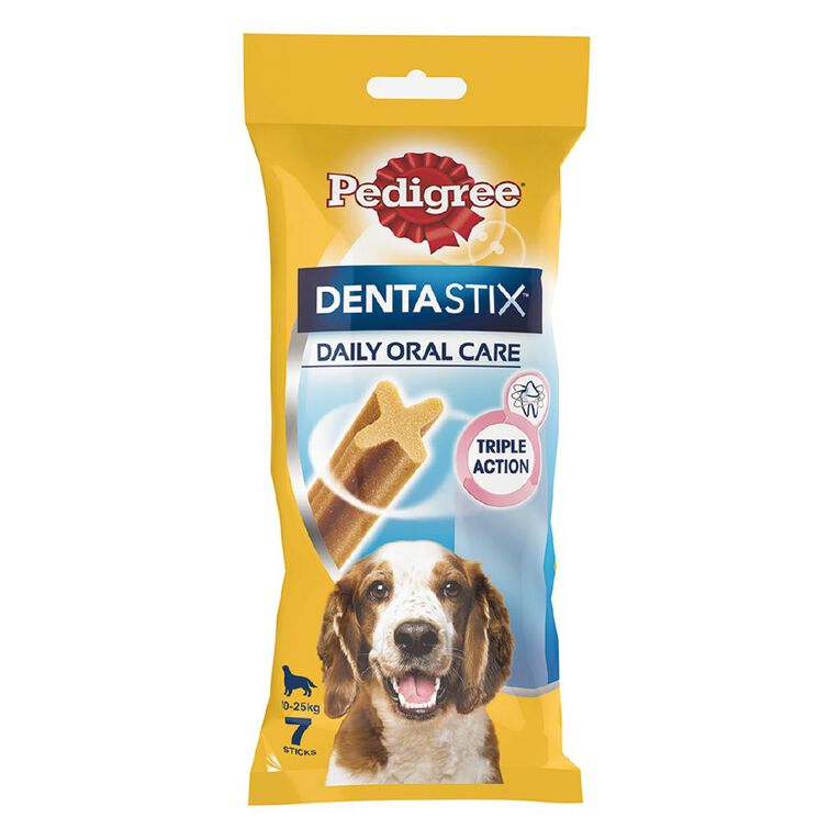 Pedigree Dentastix Dog Treats Daily Oral Care Medium Dog 7 Sticks, , hi-res