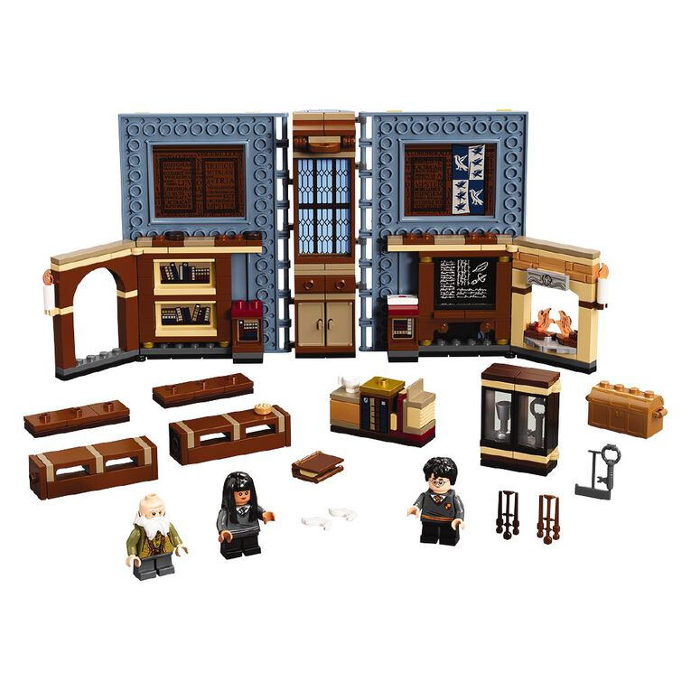 LEGO Harry Potter Hogwarts Moment Charms Class 76385, , hi-res