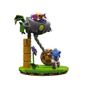 Sonic 30th Anniversary Statue