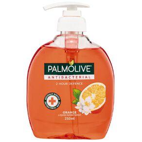 Palmolive Softwash Antibacterial 2-Hour Defence Pump 250ml