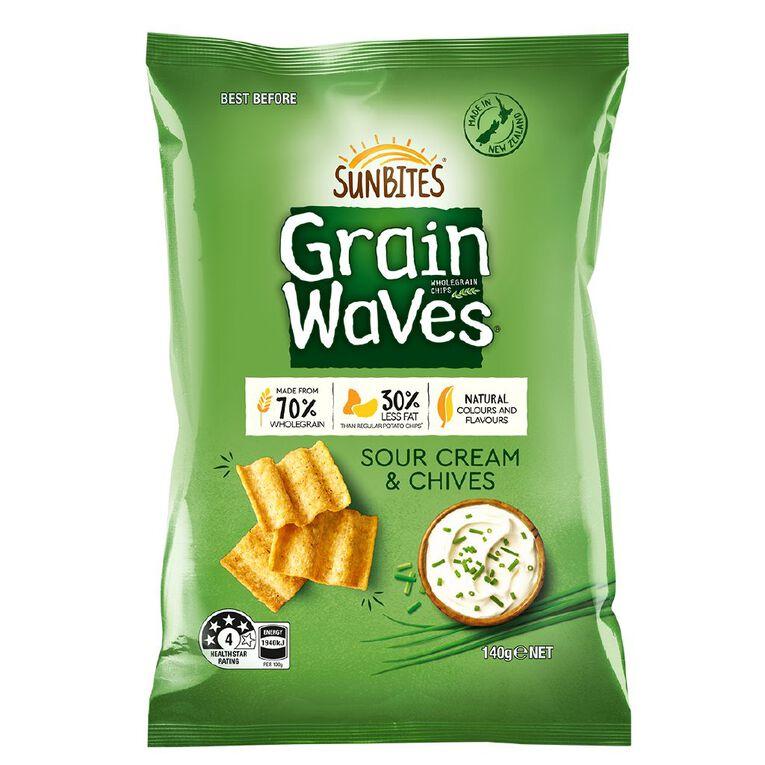 Sun Bites Grainwaves Sour Cream & Chives 140g, , hi-res