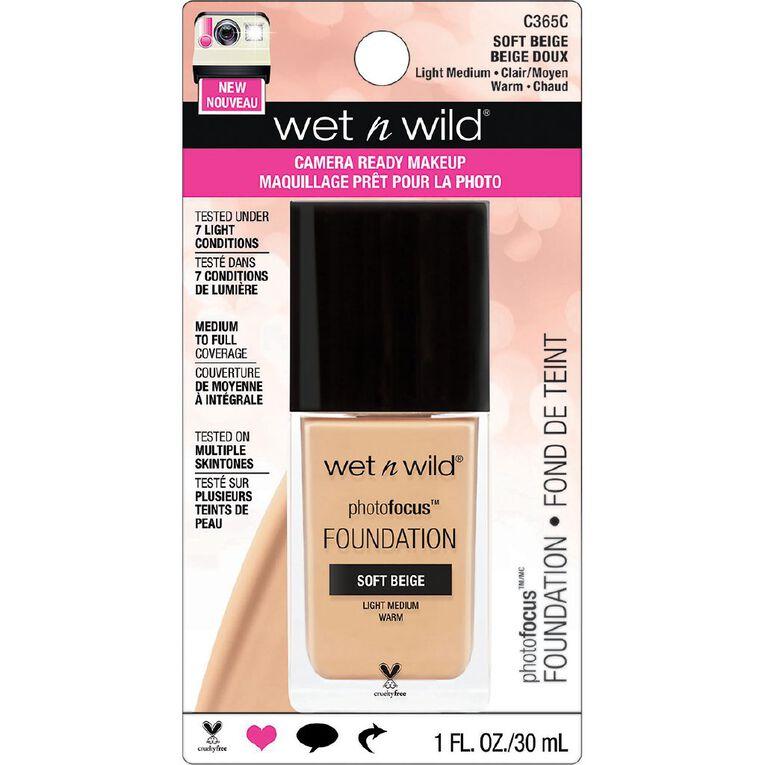 Wet n Wild Photo Focus Foundation Soft Beige, , hi-res