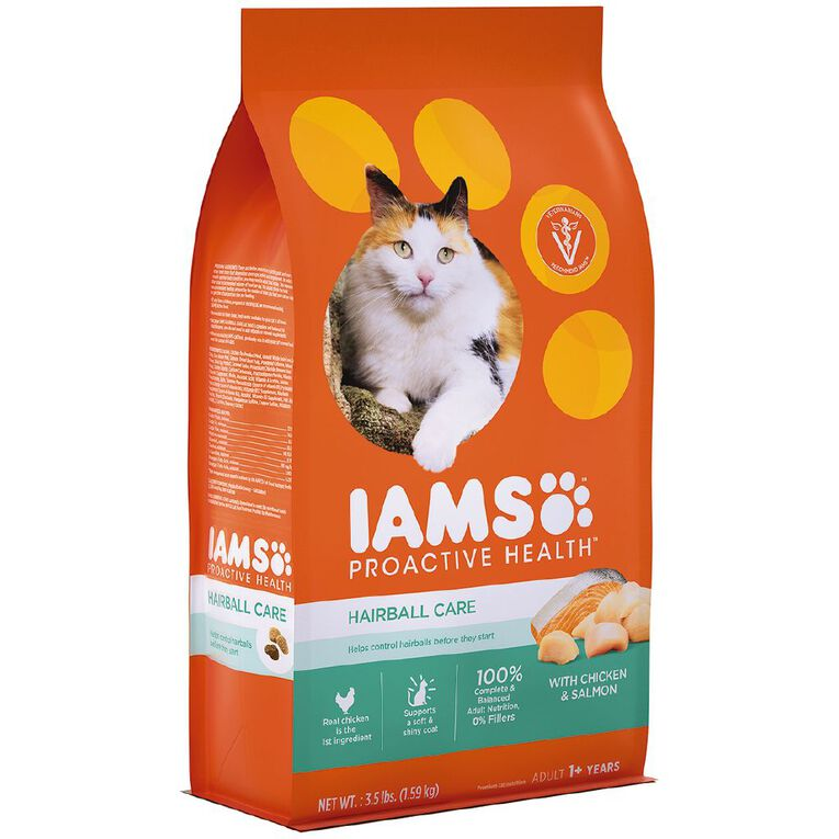Iams Hairball Care Adult Dry Cat Food with Chicken & Salmon 1.59kg Bag, , hi-res