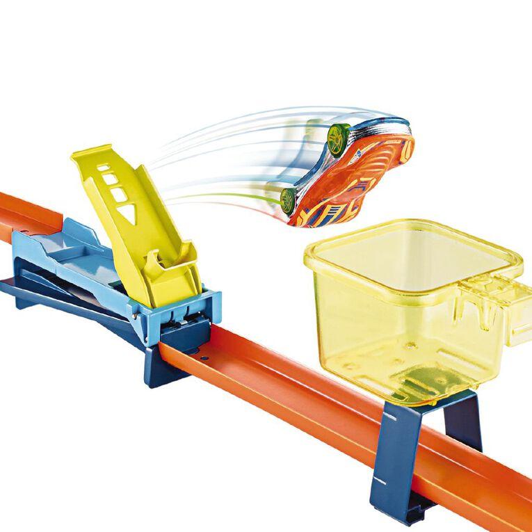 Hot Wheels Hot Wheels Trackbuilder Infinity Loop Trackset, , hi-res