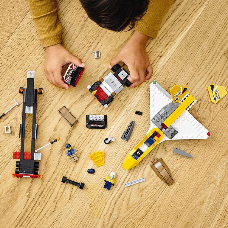 LEGO City Airshow Jet Transport 60289, , hi-res