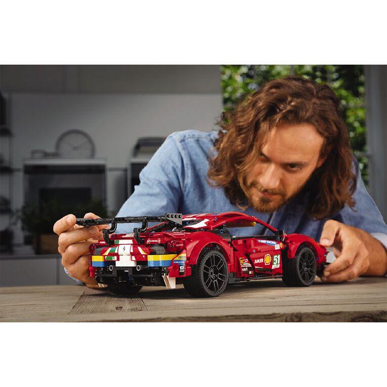 LEGO Technic Ferrari 488 GTE 42125, , hi-res