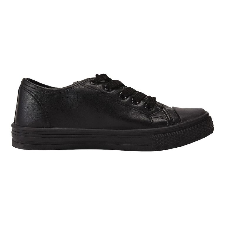 Young Original Finn Lo PU Shoes, Black W21, hi-res image number null