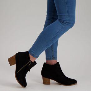 H&H Kitty Tassel Boots