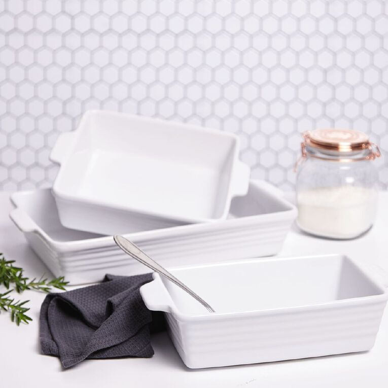 Living & Co Ceramic Square Baker White 29cm x 25cm x 7cm, , hi-res