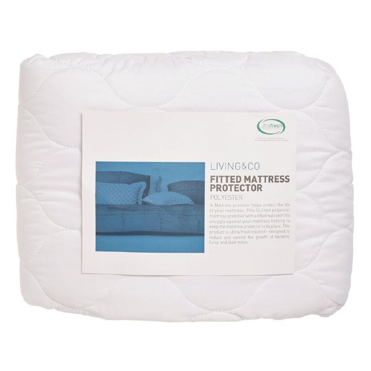 Living & Co Mattress Protector Microfibre Fitted White Queen, White, hi-res