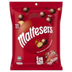 Maltesers Chocolate Medium Party Share Bag 132g 11 Piece