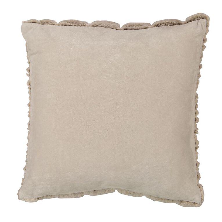 Living & Co Luxury Faux Fur Animal Cushion Ivory White 45cm x 45cm, White, hi-res