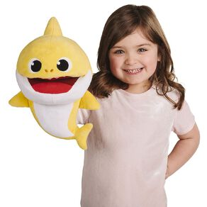 Baby Shark Family Singing Puppet With Tempo Control Assorted