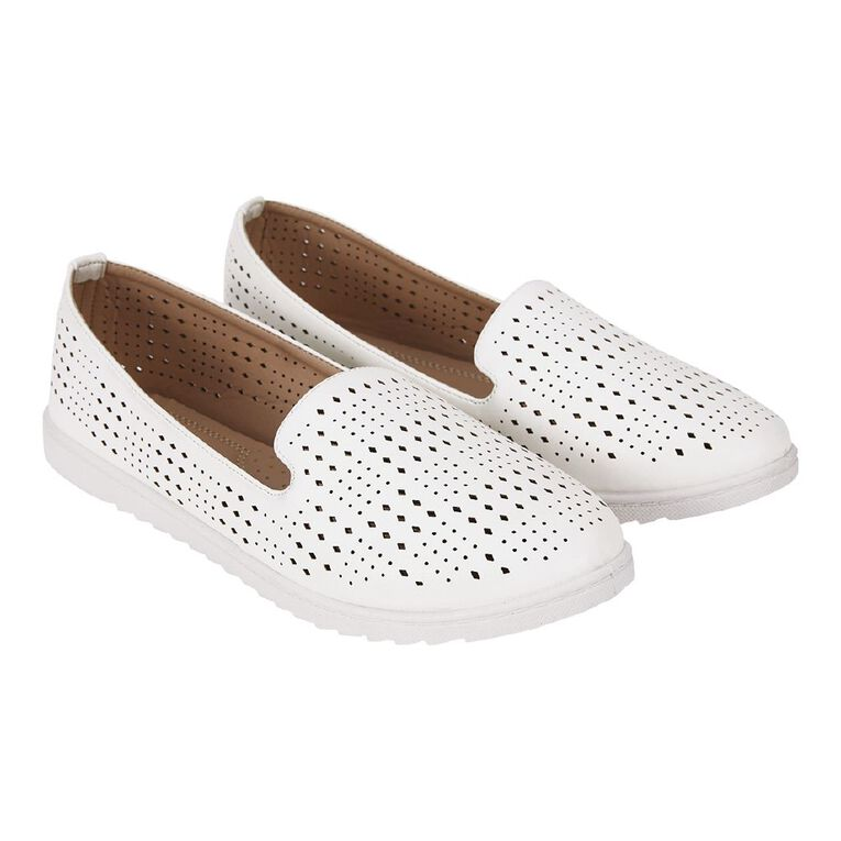 H&H Lucy Ballet Shoes, White, hi-res image number null