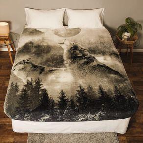 Living & Co Blanket Printed Mink Feel 400gsm Wolf Queen