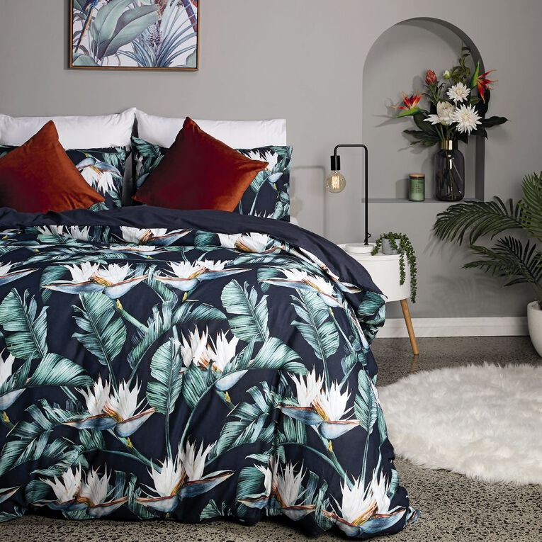 Living & Co Duvet Cover Set Cotton Winter Garden Black Queen, Black, hi-res