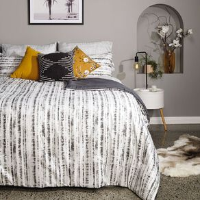 Living & Co Comforter Set 7 Piece Inkwell Multi-Coloured