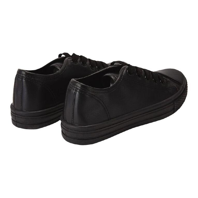 Young Original Finn Lo PU Shoes, Black W21, hi-res