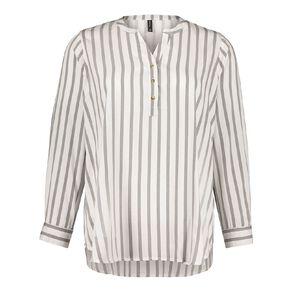 H&H Plus Women's 1/4 Placket Shirt